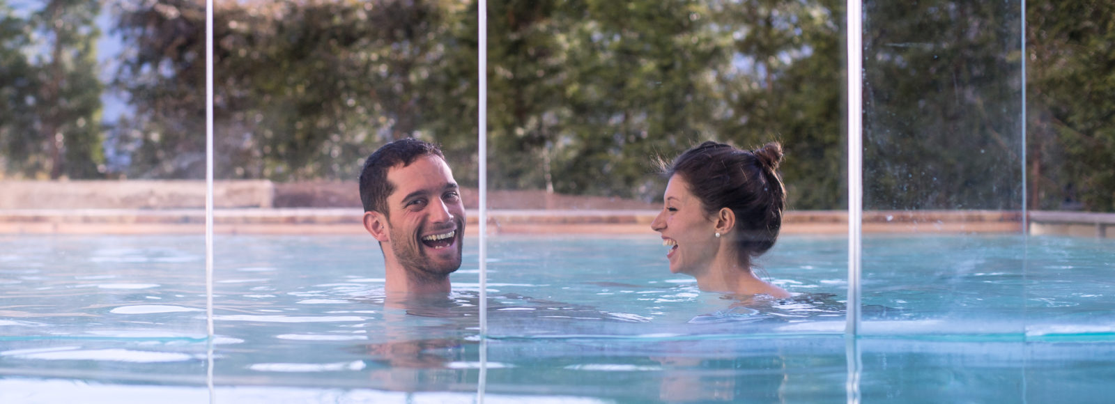 La nostra piscina esterna per la tua vacanza perfetta
