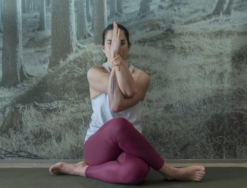 Eagle Pose Giulia